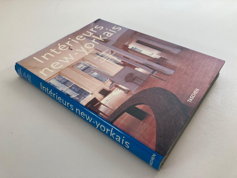 Interieurs new-yorkais Hardcover – January 1, 2002. New York interiors. French, English German language In his first book, renowned interiors photographer Simon Upton turns his camera on one of his most-loved destinations in this personal
