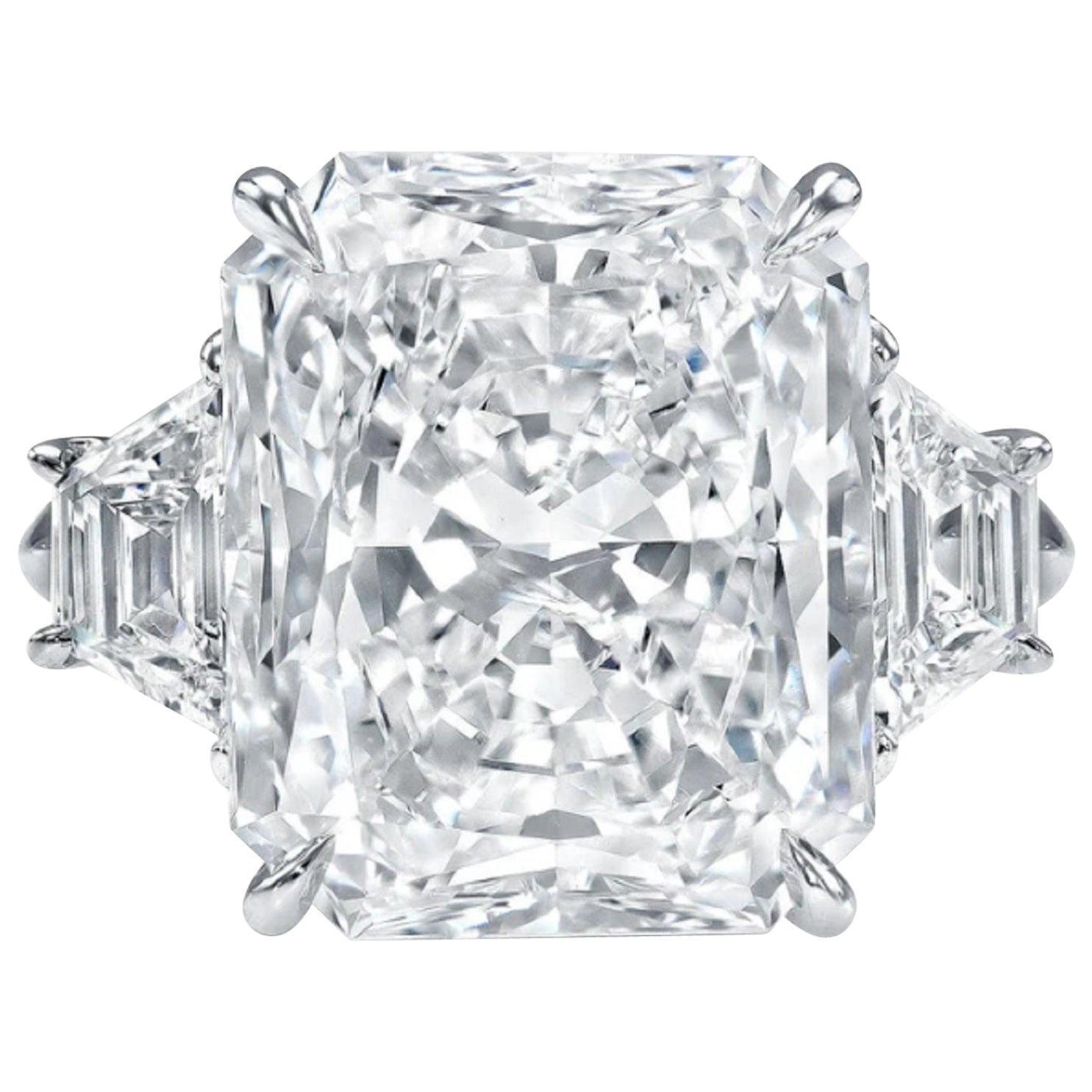 GIA Certified 2.80 Carat Radiant Cut Diamond Ring VVS1 Clarity