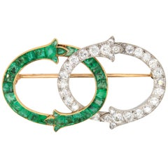 Intertwined Emerald and Diamond Art Nouveau Brooch, French, circa 1910s