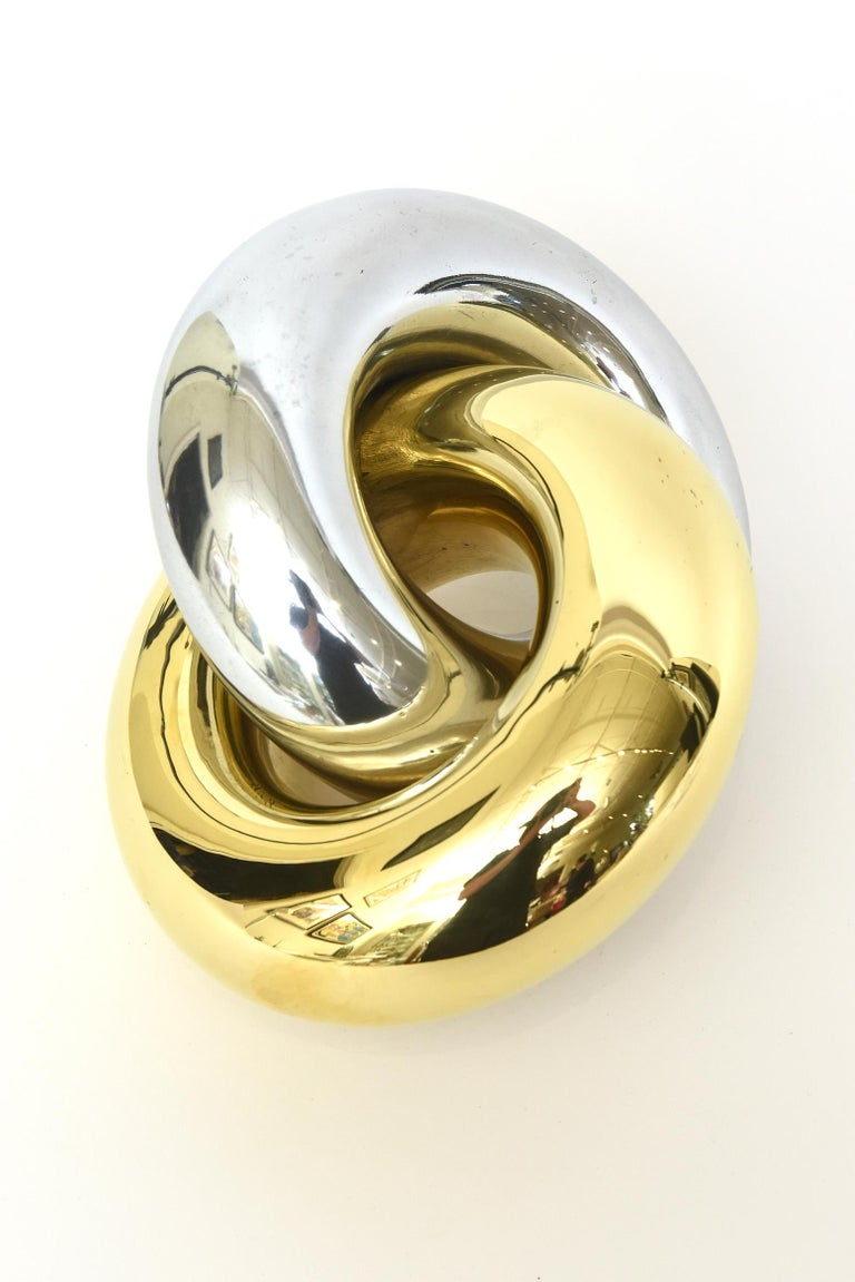 Intertwined Twisted Brass and Chrome Plated Ring Sculpture Vintage In Good Condition For Sale In North Miami, FL