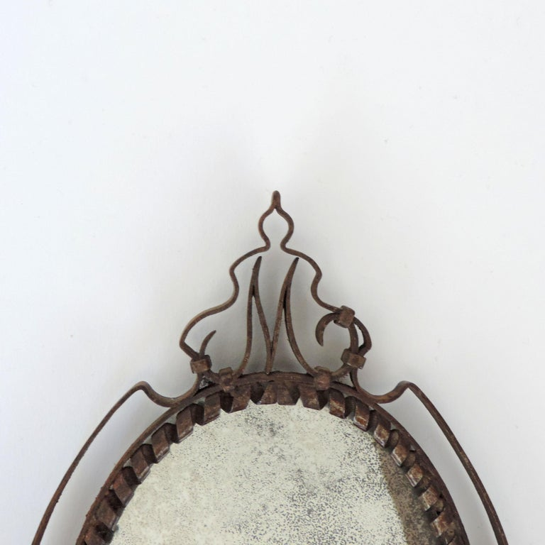 Intricate Italian Iron Hand Mirror with M Initial, 1920s In Good Condition For Sale In Milan, IT