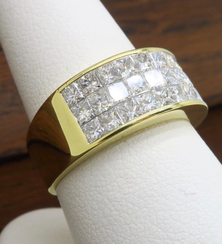 Invisible Set 3.05 Carat Princess Cut Diamond Band in 18 Karat Yellow Gold For Sale 7