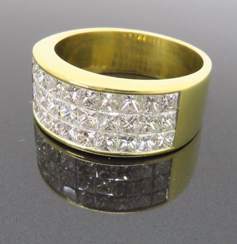 Invisible Set 3.05 Carat Princess Cut Diamond Band in 18 Karat Yellow Gold For Sale 3