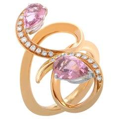 Io Si 18 Karat Rose Gold Pink Sapphire and Diamond Ring