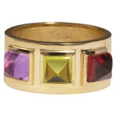 18 Karat Yellow Gold Piramidal Cut Stones BenBen Ring
