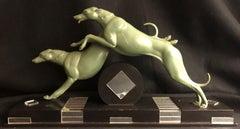 Course De Levriers-Art Deco Sculpture of Greyhounds