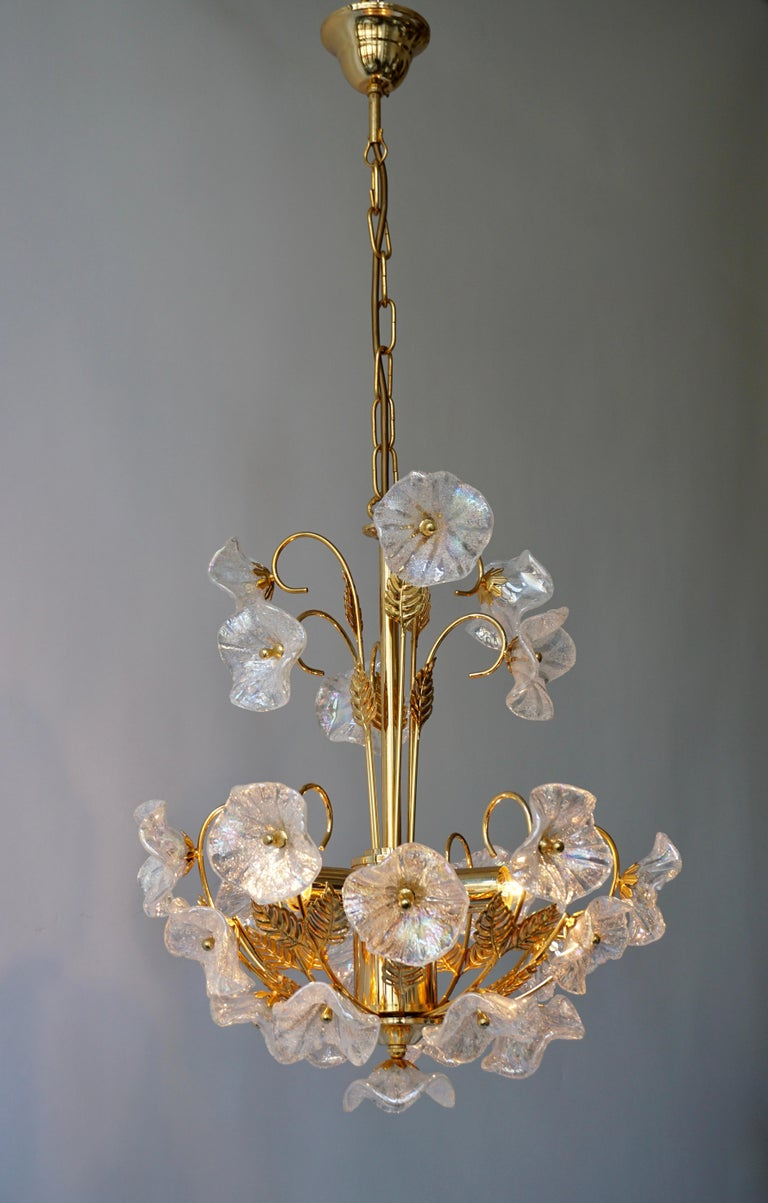 Iridescent Italian Murano Glass and Brass Flower Chandelier For Sale 1