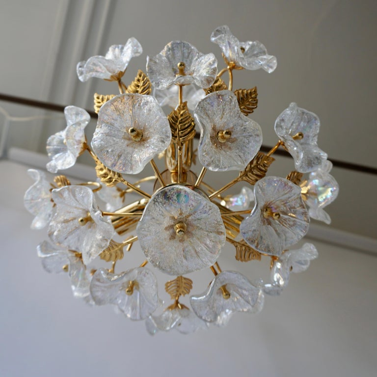 Iridescent Italian Murano Glass and Brass Flower Chandelier For Sale 3