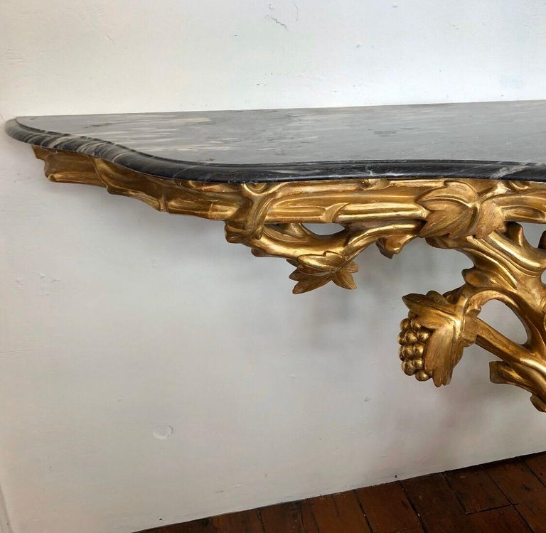 Irish Giltwood Grapevine Form Marble-Top Console, Late 18th Century For Sale 1