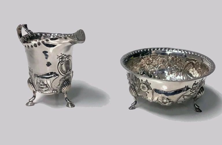British Irish Style Silver Cream Jug and Sugar Bowl, Birmingham, 1913-1914 For Sale