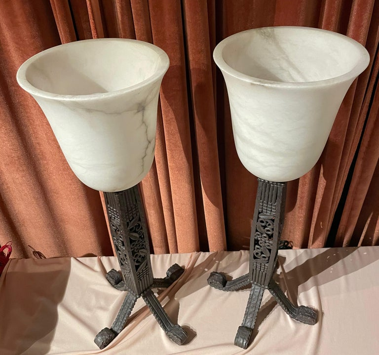 Iron and Alabaster Art Deco Table Lamps Pair For Sale 5
