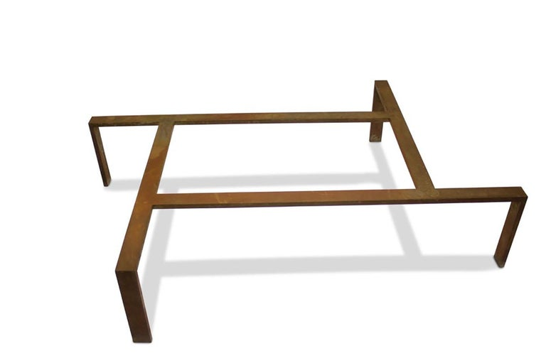 Iron Base Coffee Table In Good Condition For Sale In New York, NY