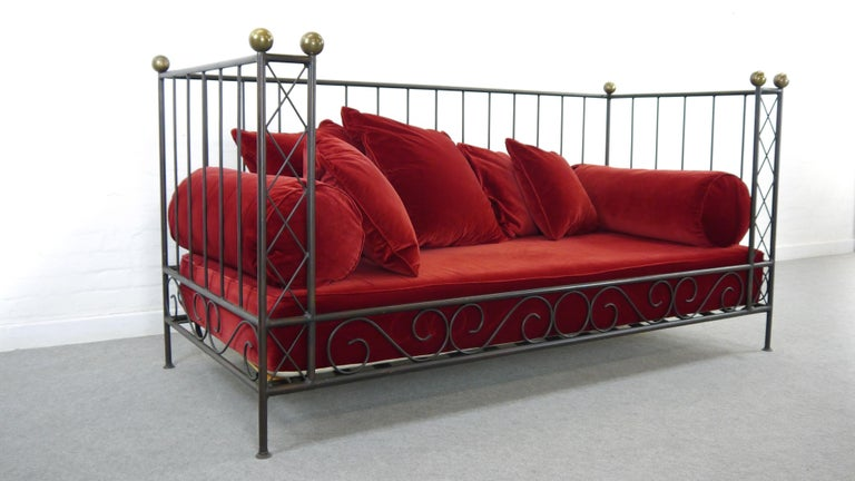 Belle Époque Iron Bed, Sofa