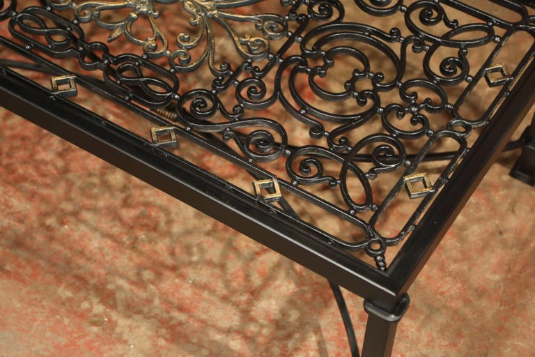 Iron Coffee Table Made with 19th Century French Gate Balcony with Glass Top For Sale 7