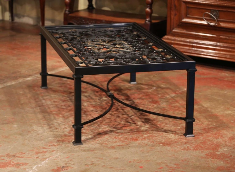 Iron Coffee Table Made with 19th Century French Gate Balcony with Glass Top In Excellent Condition For Sale In Dallas, TX