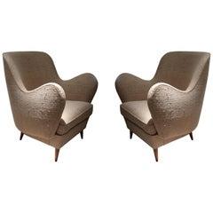 ISA, Pair of Beige Indian Silk and Wood Legs Midcentury Italian Armchairs, 1950