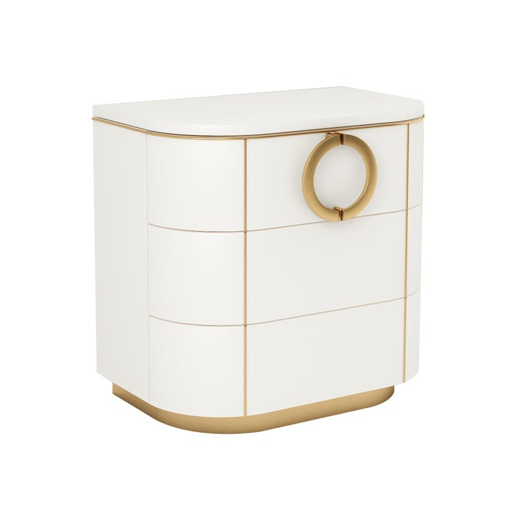 Designed by IC and realized by expert Italian artisans, the Maddalena nightstand features rounded corners and is available in two versions: with one door or three drawers.
