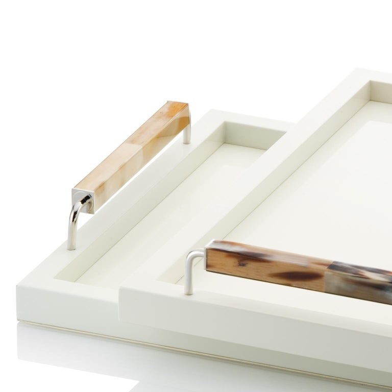 Italian Isacco Tray in Glossy Ivory Lacquered Wood, Horn and Chromed Brass, Mod. 1793 For Sale