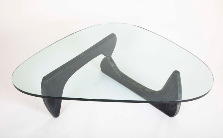 Isamu Noguchi Coffee Table by Herman Miller For Sale 4