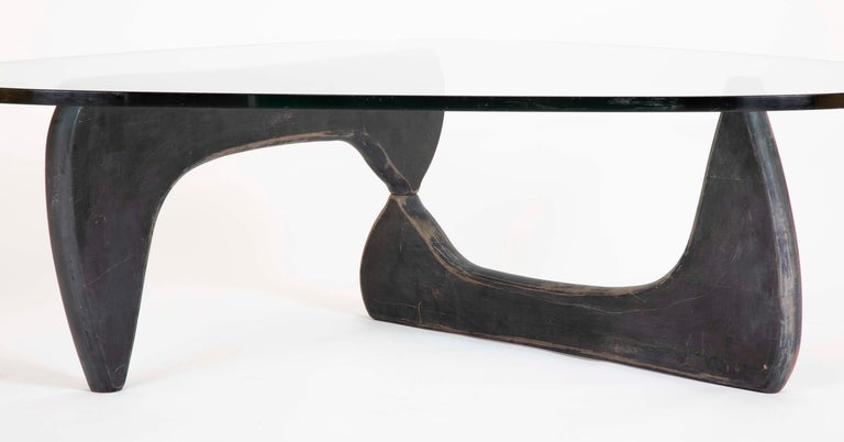 Mid-Century Modern Isamu Noguchi Coffee Table by Herman Miller For Sale