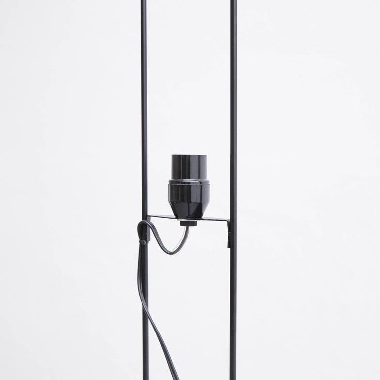 Isamu Noguchi L8 Floor Lamp For Sale 1