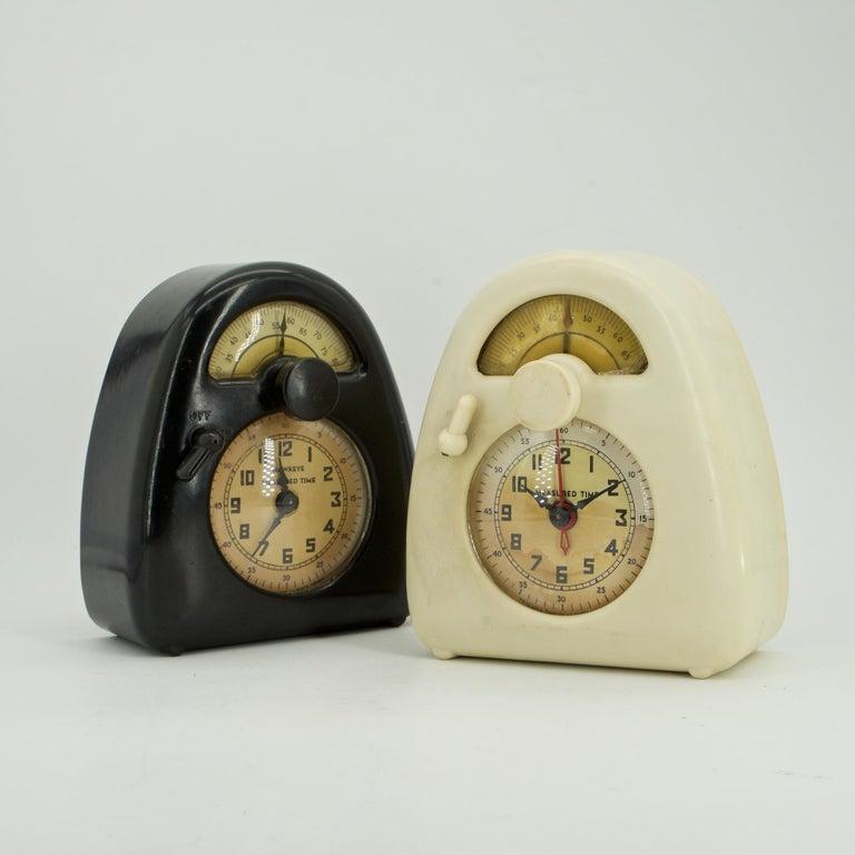 American Pair Isamu Noguchi Black+White Bakelite Train Clock Art Deco Industrial Design For Sale