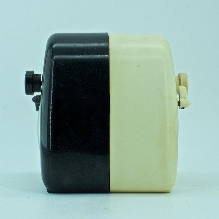 Molded Pair Isamu Noguchi Black+White Bakelite Train Clock Art Deco Industrial Design For Sale