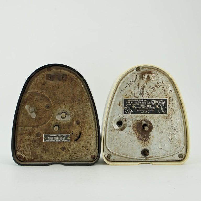 Pair Isamu Noguchi Black+White Bakelite Train Clock Art Deco Industrial Design In Distressed Condition For Sale In Washington, DC