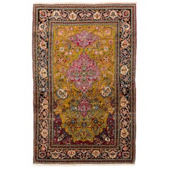Ispahan Design Wool Rug