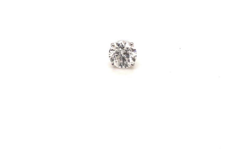 6.12 Carat Diamond Stud Earrings In New Condition For Sale In New York, NY