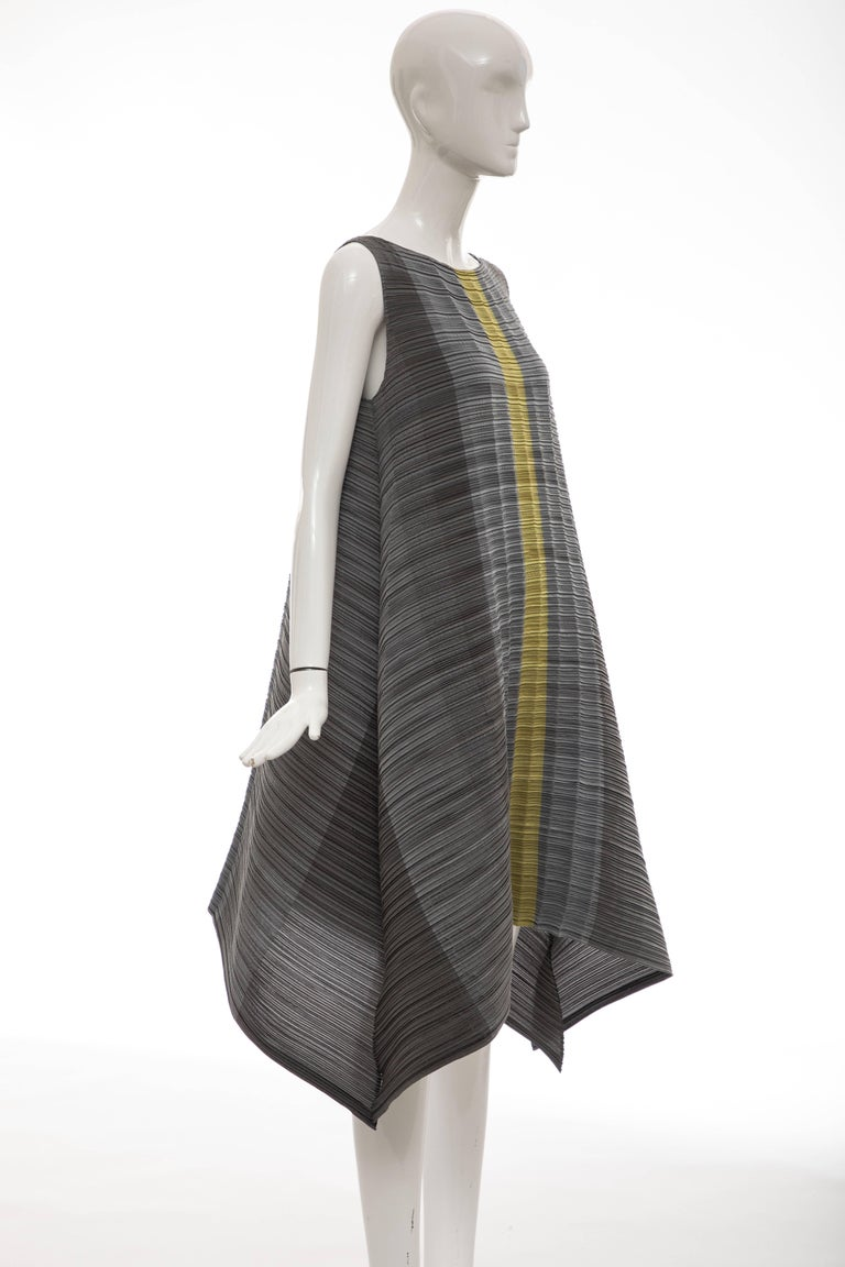a9b3549f498 Issey Miyake Grey Chartreuse Sleeveless Pleated Dress In Excellent  Condition For Sale In Cincinnati, OH