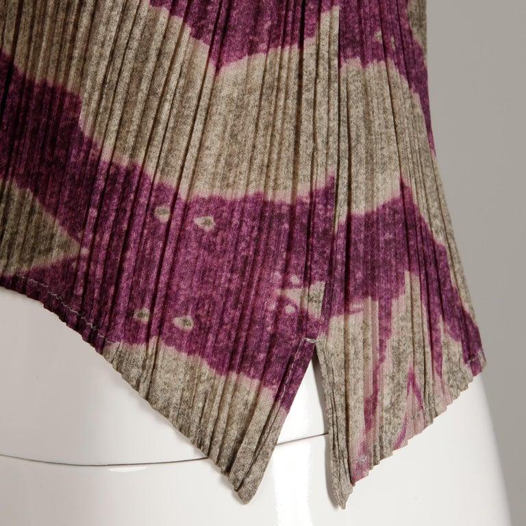 Issey Miyake Pleats Please Pleated Purple Gray Op Art Mirror Print Top or Shirt For Sale 5