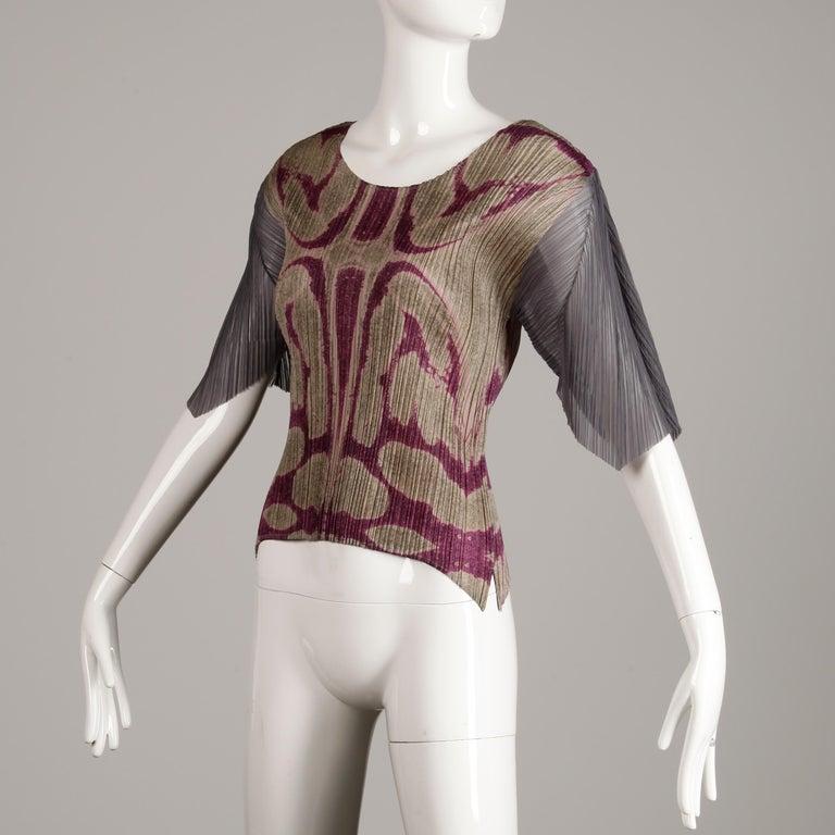 Brown Issey Miyake Pleats Please Pleated Purple Gray Op Art Mirror Print Top or Shirt For Sale