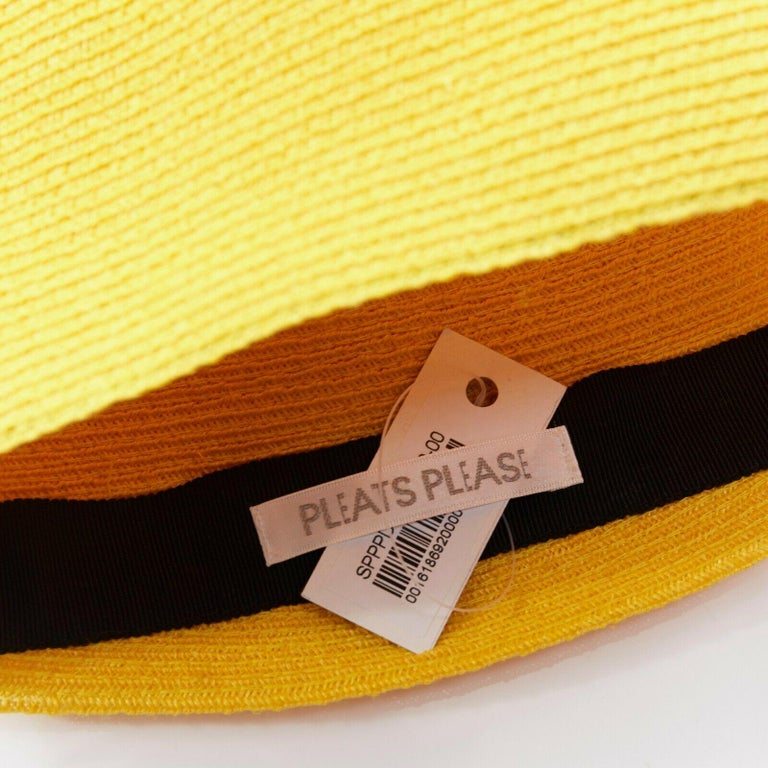 ISSEY MIYAKE PLEATS PLEASE yellow raffia straw woven pointed moroccan hat For Sale 4