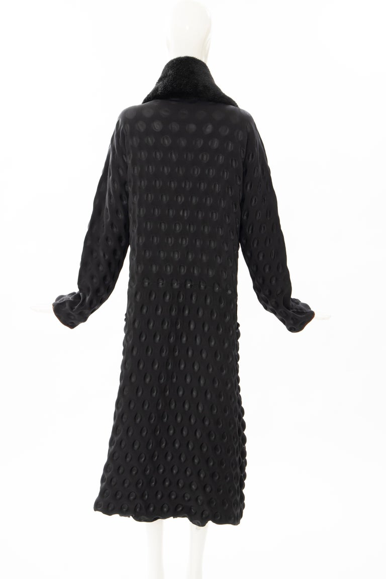 Issey Miyake Runway Black Egg Carton Coat Detachable Faux Fur Collar, Fall 2000 For Sale 2