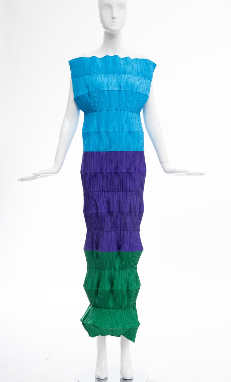 Issey Miyake Runway Flying Saucer Dress, Spring 1994 For Sale 7