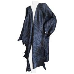Issey Miyake Spiraling Sculptural Sawtooth Pleated Black Vintage Coat