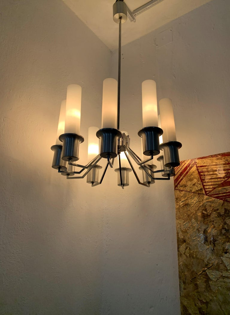 10-light Mid-Century Modern chandelier in the style of Artemide. Chromed metal and opaline glass. Italy, circa 1970.