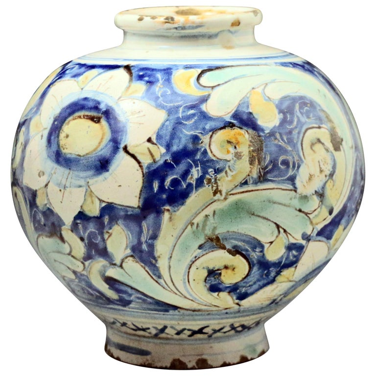 Italian 16th Century Tin Glazed Earthenware Jar Caltagirone Sicily For Sale