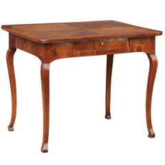 Italian 1780s Walnut Table with Quarter Veneer, Single Drawer and Cabriole Legs