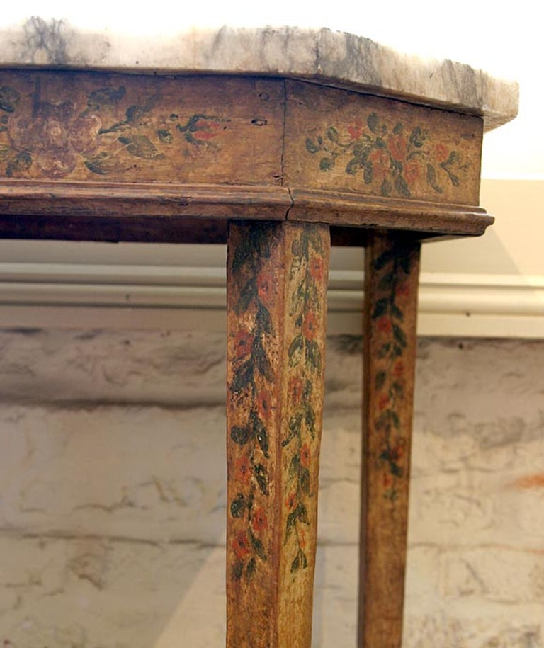 Italian 17th Century Baroque Painted Console For Sale 2