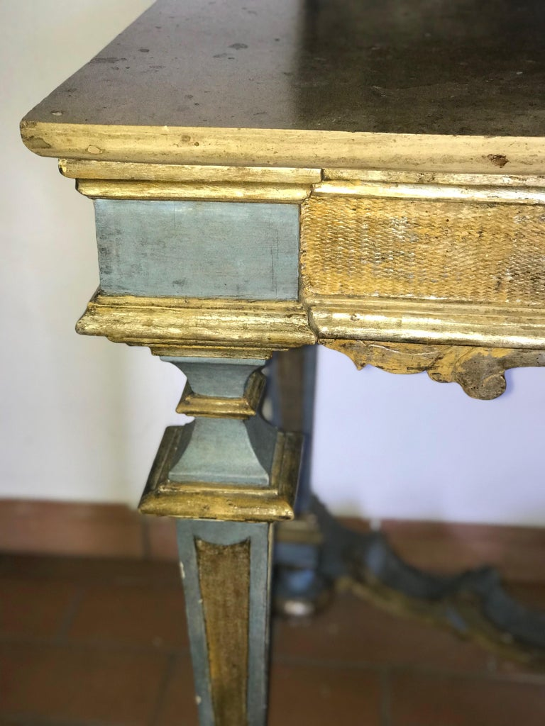 Italian 17th Century Painted and Parcel-Gilt Console Table For Sale 4
