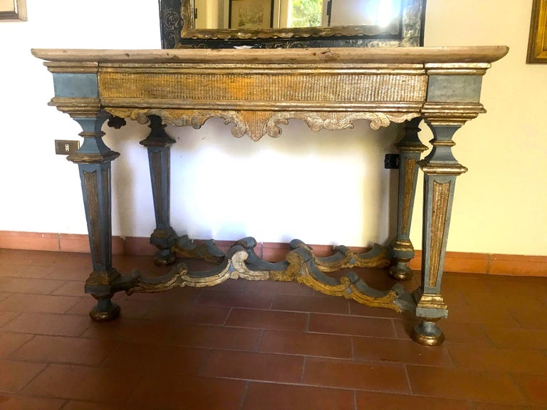 Italian 17th Century Painted and Parcel-Gilt Console Table For Sale 1