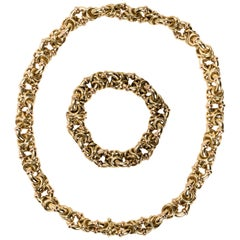 Italian 18 Karat Gold Intertwined Link Necklace with Detachable Bracelet