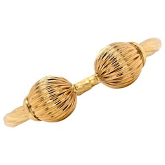 Italian 18 Karat Yellow Gold Fluted Ball Hinged Bangle Cuff Bracelet