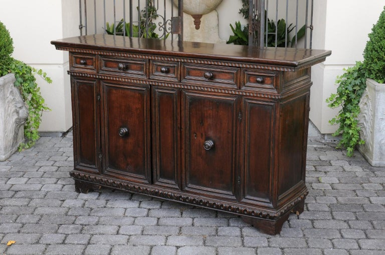 Italian 1800s Hand Carved Walnut Credenza with Five Drawers over Two Doors For Sale 5