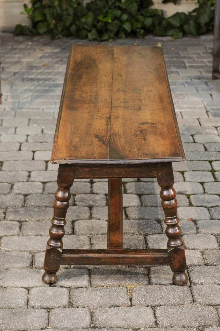 Italian 1800s Walnut Bench with Turned Legs and H-Form Cross Stretcher For Sale 3