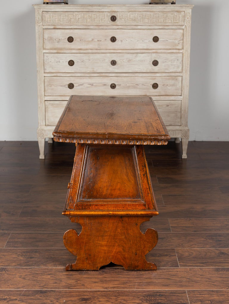 Italian 1800s Walnut Console Cabinet with Scoop Motifs, Doors and Single Drawer For Sale 7