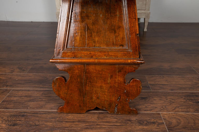 Italian 1800s Walnut Console Cabinet with Scoop Motifs, Doors and Single Drawer For Sale 4