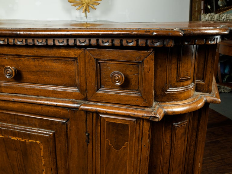Italian 1800s Walnut Credenza with Drawers, Doors, Inlay and Foliage Carved Feet For Sale 1